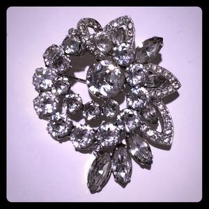 Signed & numbered Eisenberg rhinestone brooch